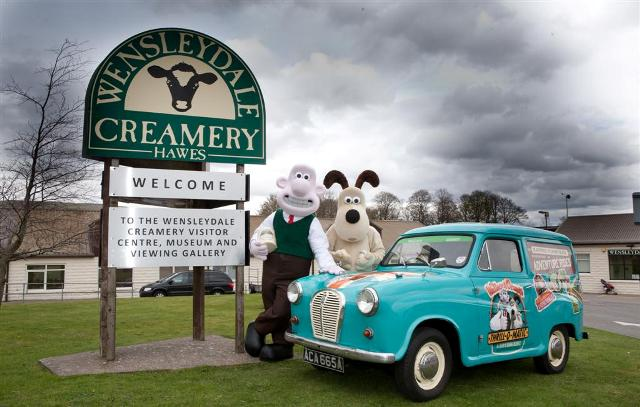 wensleydale blog wallace   gromit head out on the road